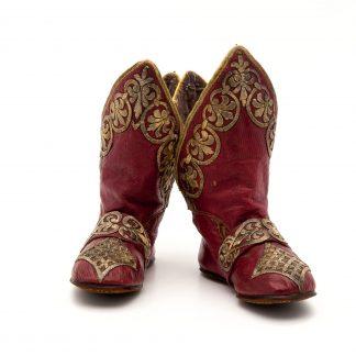 360° tarihi eser fotoğrafı - Çizme - Padişah elbiseleri / Topkapı sarayı Harem eserleri